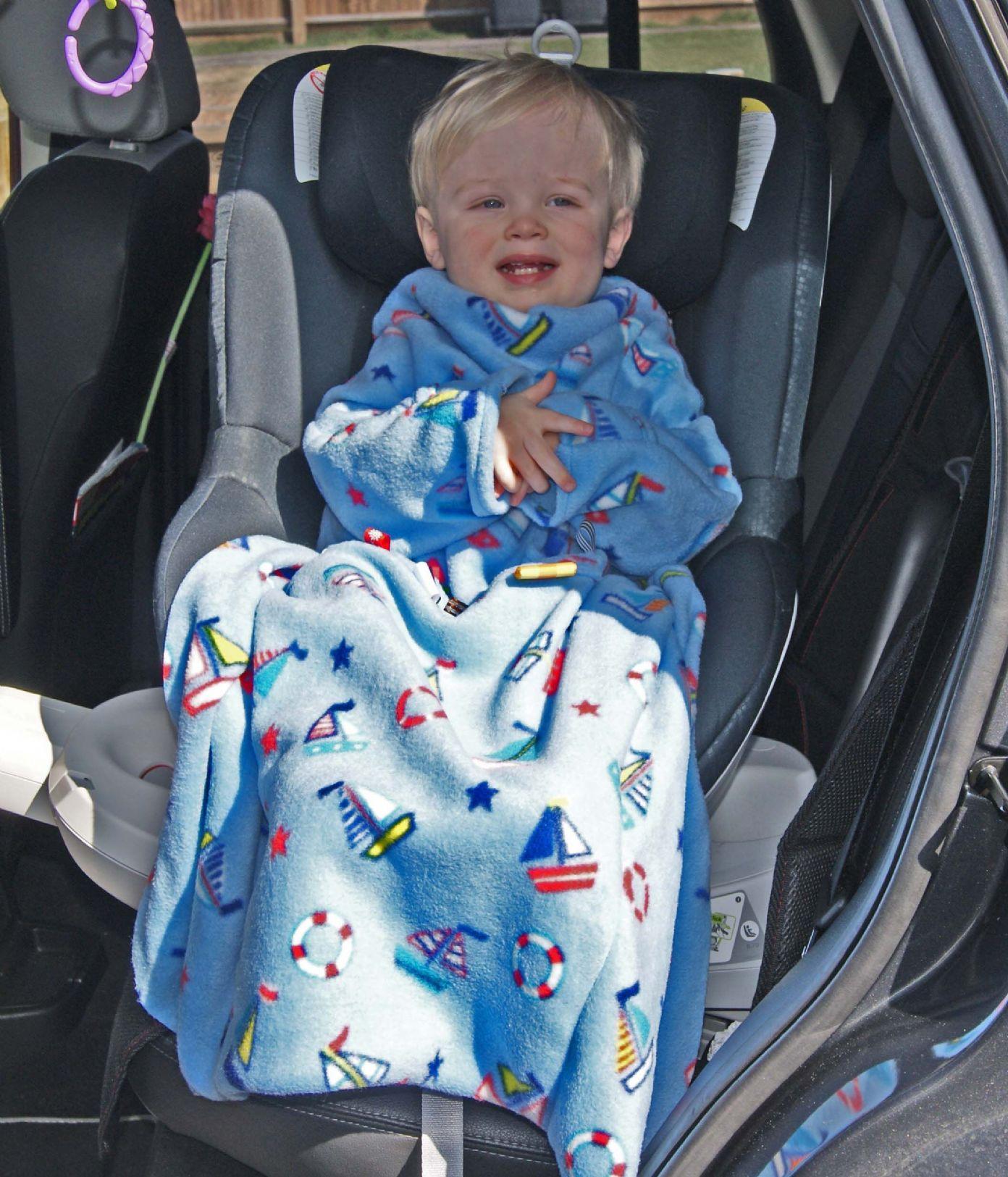 POP ON Sleeved Buggy Car Seat Blanket